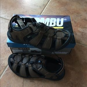 Khombu Mens Brown Active Sandal 10 and 11